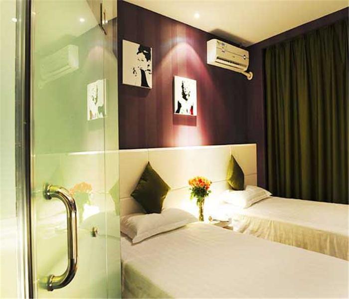 怡莱连锁酒店加盟展示4.jpg