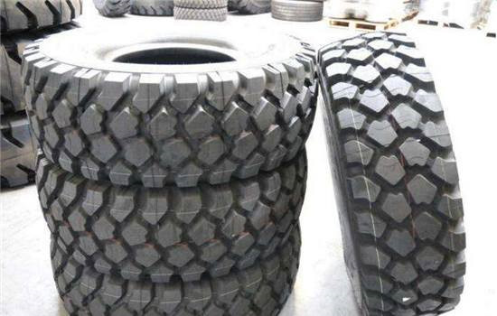陆路通轮胎装甲加盟.jpg