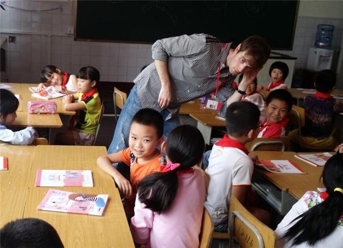 英果教育远程外教课堂加盟.jpg