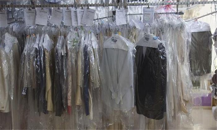 百强洗衣加盟