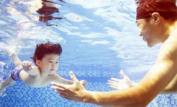 乐游游婴儿游泳馆加盟详情