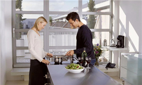 艾厨健康厨房加盟01.jpg