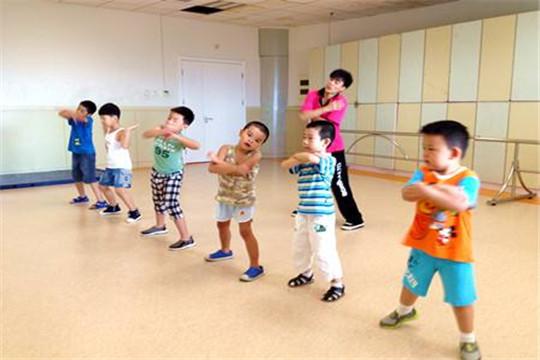 华夏未来舞蹈中心加盟条件