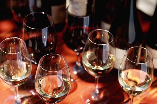宾富洛克斯红酒加盟详情