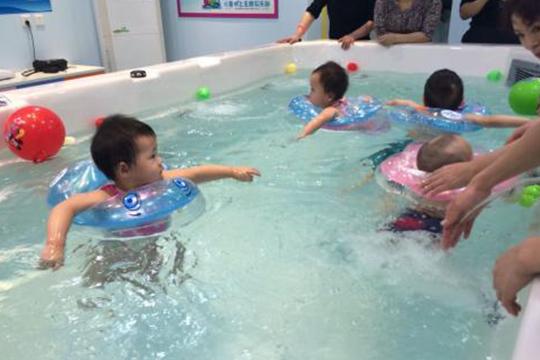 咿蕾娃婴儿游泳馆加盟支持