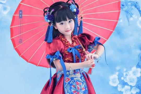 凤绫儿中国风儿童摄影加盟优势