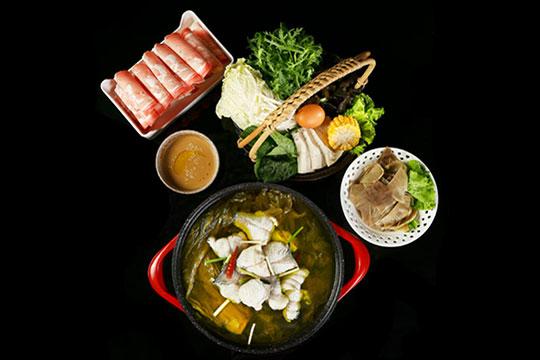 鱼吖吖酸菜鱼@米饭加盟