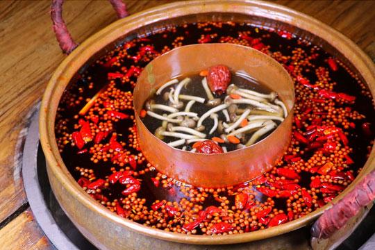 火玲珑重庆火锅产品图