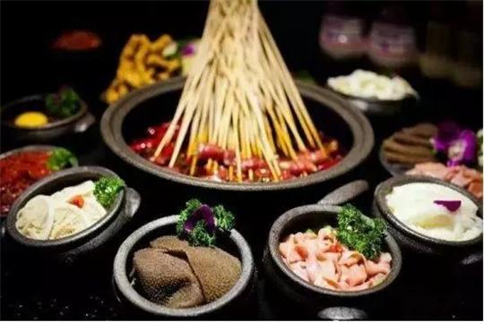 龍窑砂锅串串香加盟产品