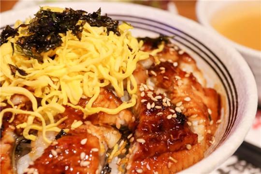 熊吞大碗丼日式烧肉饭加盟产品图