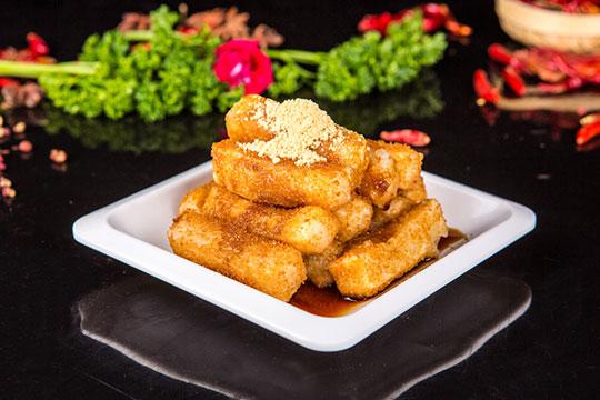 龙门浩火锅特色小食