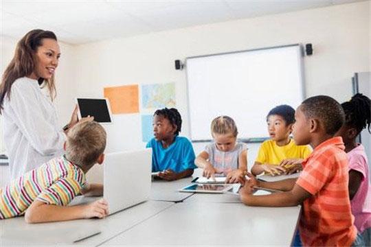 优尼课教育加盟