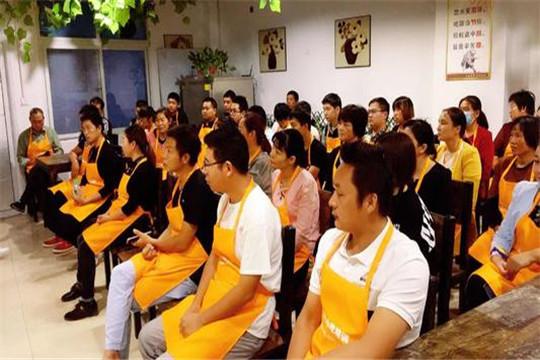 缘厨餐饮培训加盟