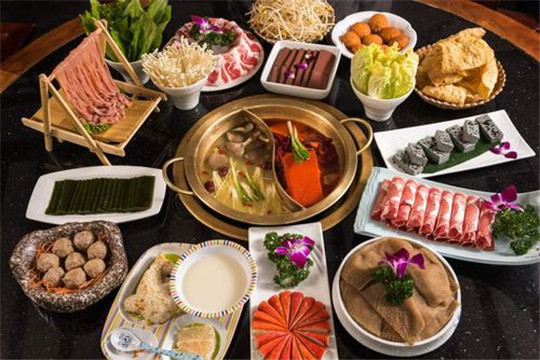 吃城都鲜鱼火锅加盟