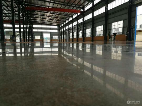 混凝土固化剂地坪打磨需要注意哪些事项?