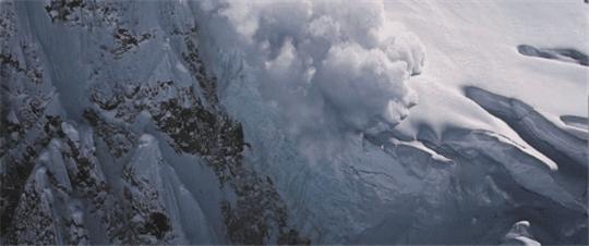 迈道驰润滑油携手电影《攀登者》 ,致敬时代攀登精神
