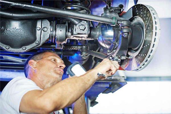 要怎么装修自己的汽车维修加盟店