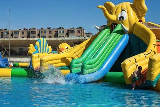 智乐移动水上乐园