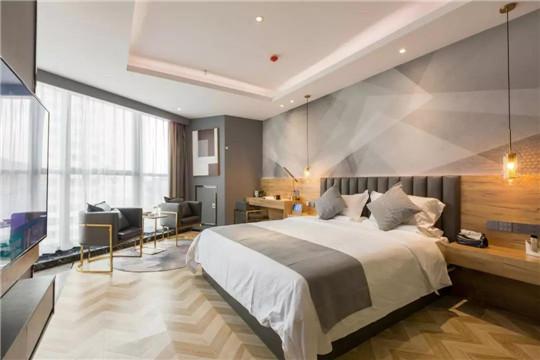 仅需动动嘴就能遥控的客房你睡过吗?黑科技酒店柴印未来全新上线!