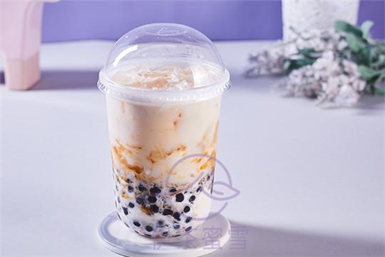 伊茶蜜雪冰激凌奶茶加盟费如何收取?加盟这个品牌会不会亏本?
