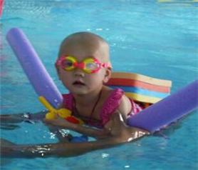 婴乐士亲子游泳加盟店