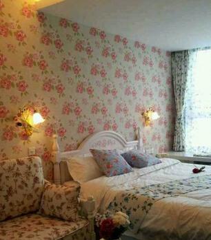 棠枫艺术酒店