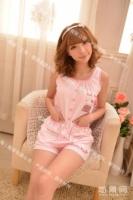 粉色短装睡衣
