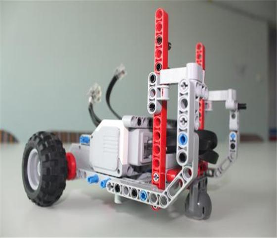 中科智谷修曼国际青少年机器人教育中心