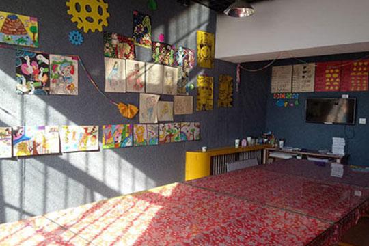 藍多奇國際少兒美術加盟