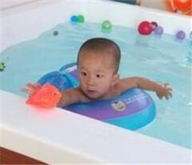 壮壮婴儿游泳加盟店