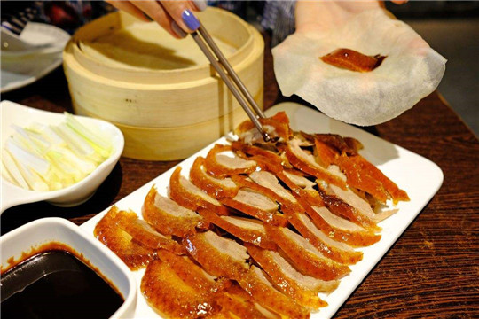 鸭主播北京烤鸭加盟