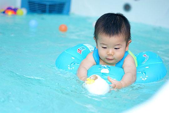 乐响宝贝婴儿游泳馆加盟