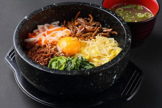 美食记韩式石锅拌饭加盟