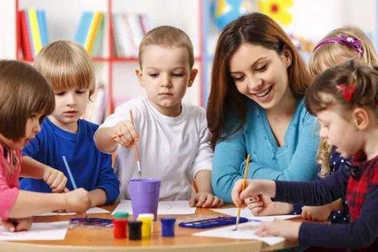 素质家教育加盟