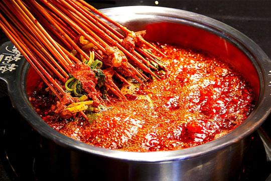 胡格格擼串火鍋加盟
